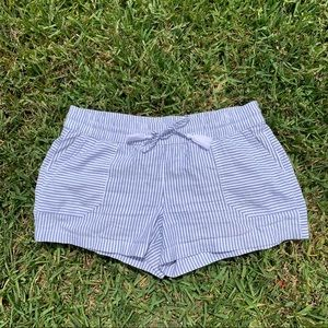 "vineyard vines 3.5"" pull on shorts"